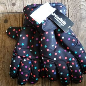 NWT polka dot snow gloves